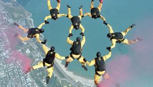 skydiving-700x400
