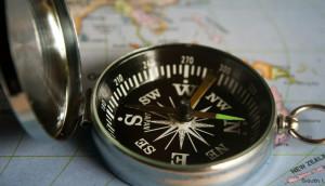 compass-390912_700x400